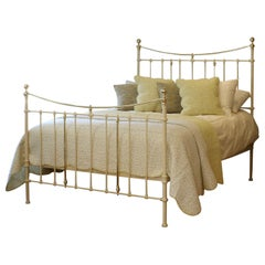 Victorian Antique Bed in Cream MK227