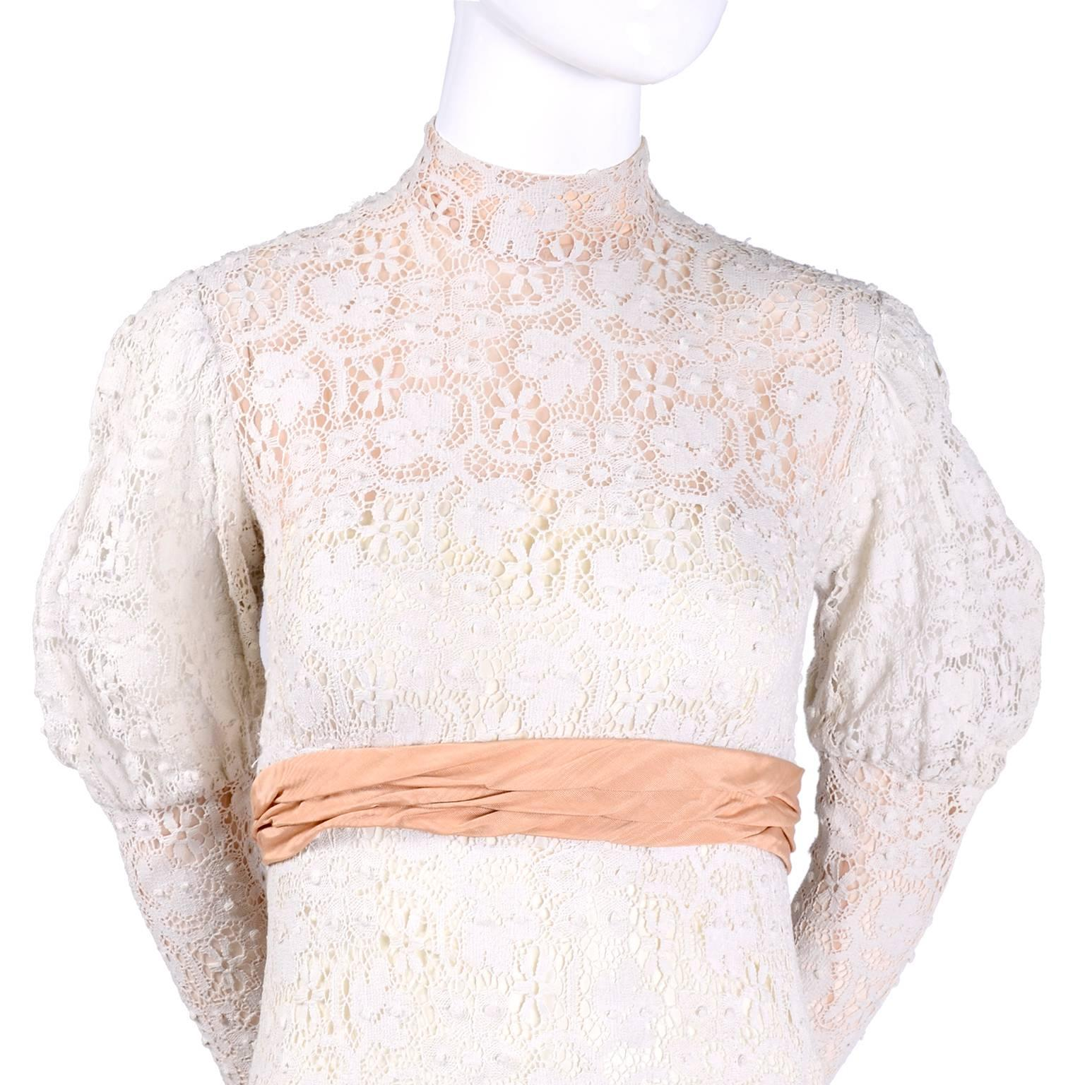 Off White Combined Lace Top High Neck