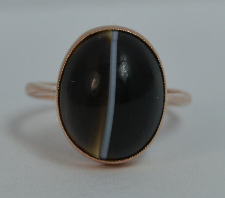 Victorian Banded Agate and 9 Carat Rose Gold Solitaire Ring For Sale 6