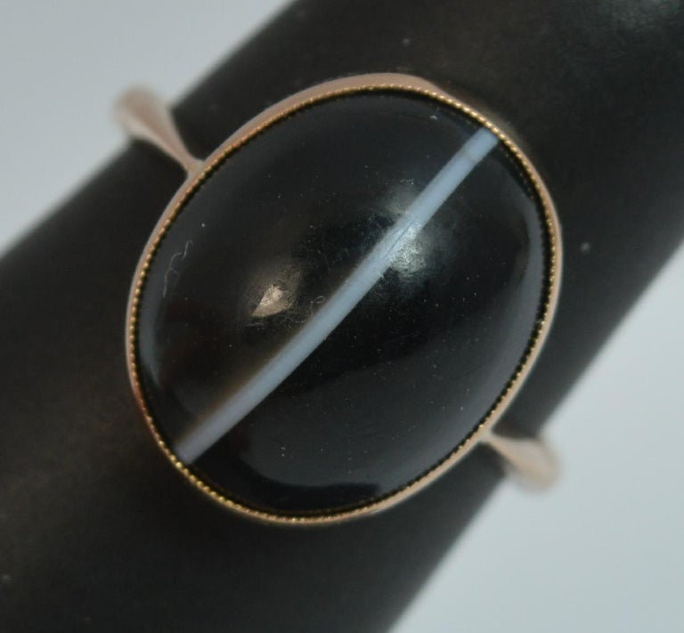 Victorian Banded Agate and 9 Carat Rose Gold Solitaire Ring For Sale 8