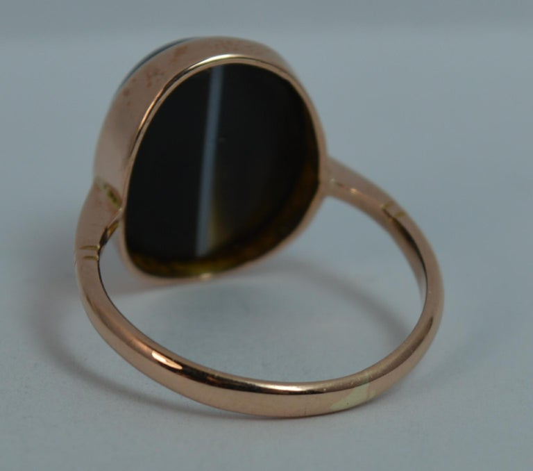 Victorian Banded Agate and 9 Carat Rose Gold Solitaire Ring For Sale 3