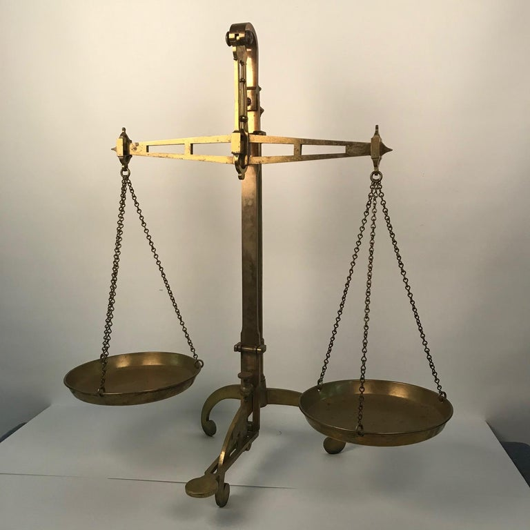 Victorian Bankers Brass Balance Scale by W & T Avery For Sale 9