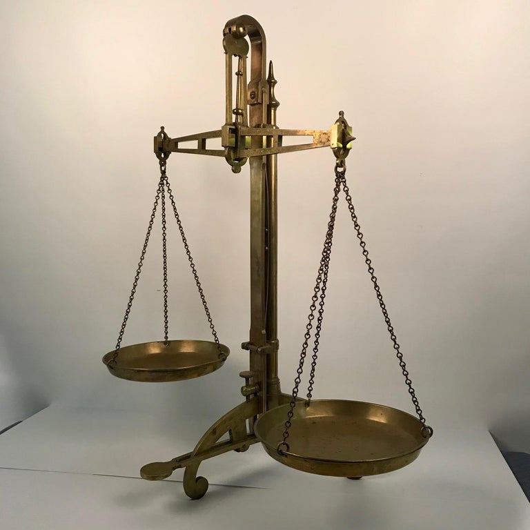 Victorian Bankers Brass Balance Scale by W & T Avery For Sale 10