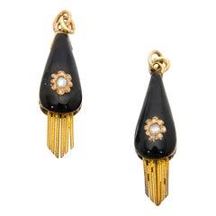 Victorian Black Onyx White Pearl 14 Karat Yellow Gold Pendant