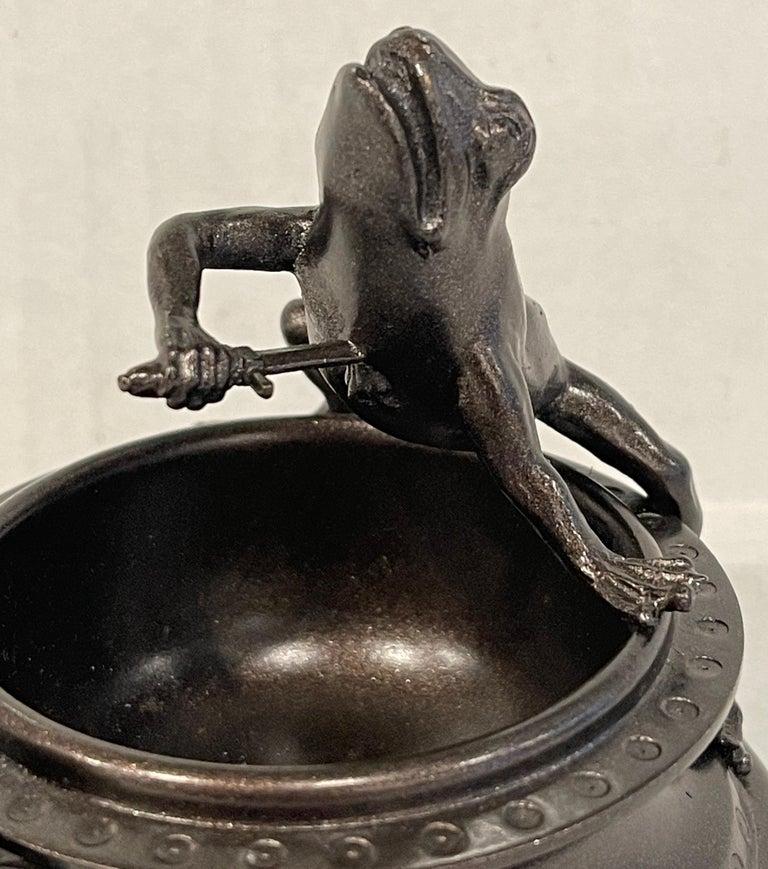 High Victorian Victorian Bronze Operatic Frog Motif Vide-Poche For Sale