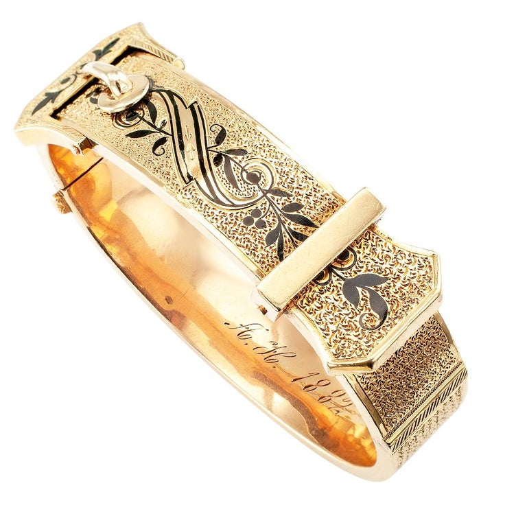 Victorian Buckle Bangle Enamel Gold Bracelet In Good Condition For Sale In Los Angeles, CA