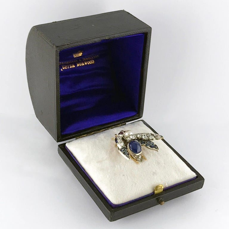 Victorian Burma Sapphire 4.60ct Certificated Untreated, Pearl, Ruby Bee/Insect/B For Sale 8