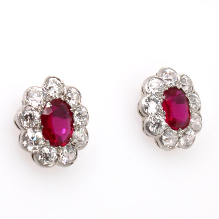 Victorian Burmese Ruby and Diamond Cluster Earrings, 1880s In Excellent Condition For Sale In Idar-Oberstein, DE