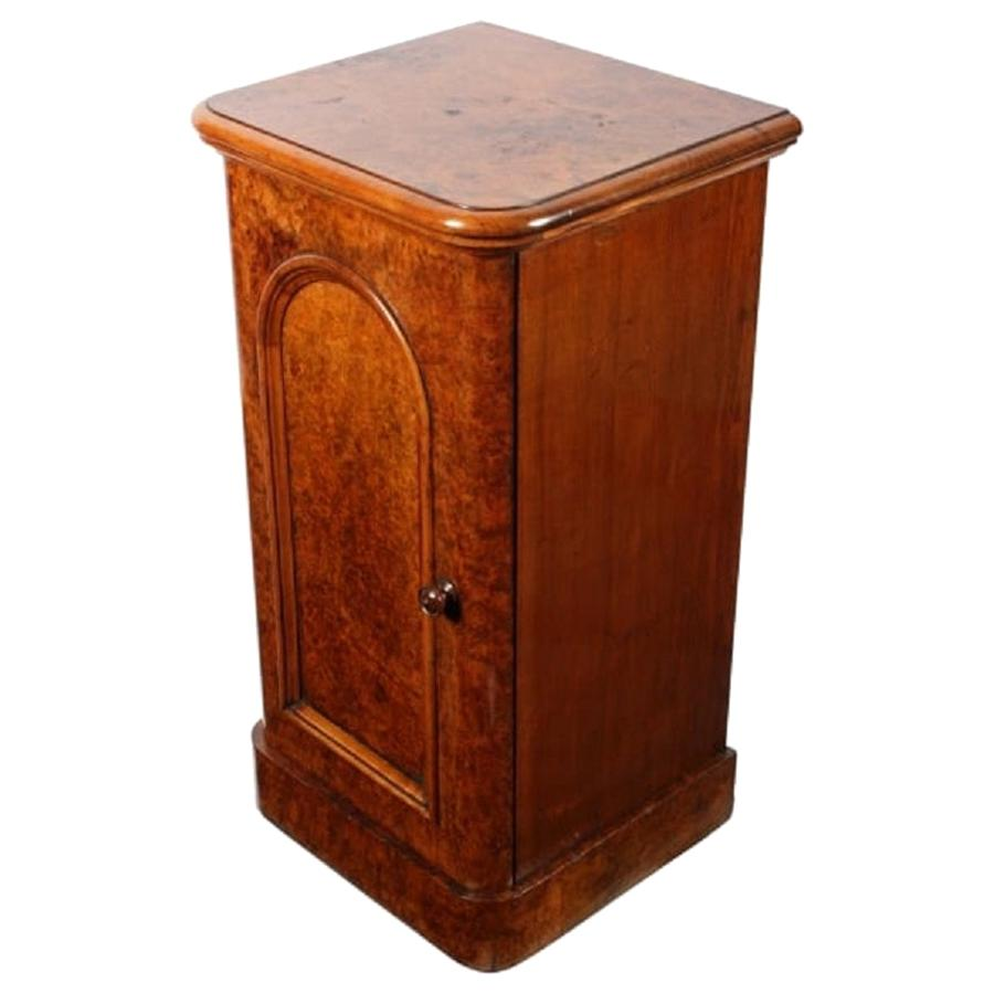 Victorian Burr Walnut Bedside Cabinet, 19th Century