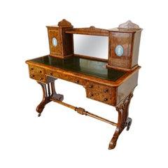 English fine Victorian Burr Walnut Bon Heur du jour, writing table. 19th century