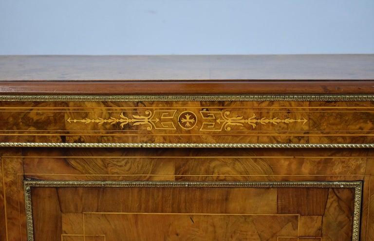 Victorian Burr Walnut Inlaid Credenza For Sale 4