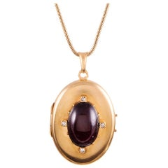 Victorian Cabochon Garnet Diamond Gold Locket
