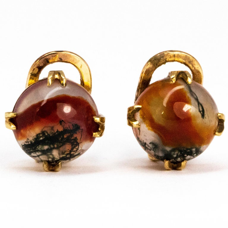 Victorian Cabochon Moss Agate and 9 Carat Gold Clip-On Earrings In Good Condition In Chipping Campden, GB