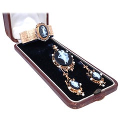 Victorian Cameo Onyx Set Bracelet Pendant Earrings 18 Karat Gold Original Box