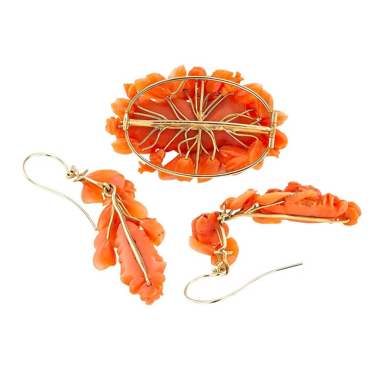 Victorian Carved Coral Brooch Drop Earring Set In Good Condition For Sale In Los Angeles, CA