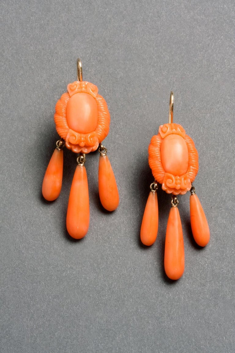 Victorian Carved Coral Earrings, circa 1870 In Good Condition For Sale In Lewiston, NY