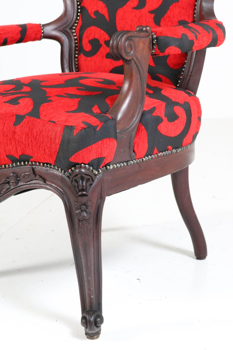 Victorian Carved Mahogany Armchair or Voltaire Chair, circa 1870 For Sale 2