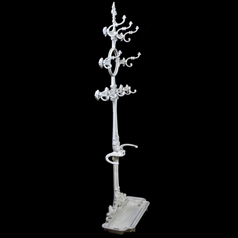 Victorian Cast Iron Coat or Hat Rack with Umbrella Stand, circa 1870 For Sale 2