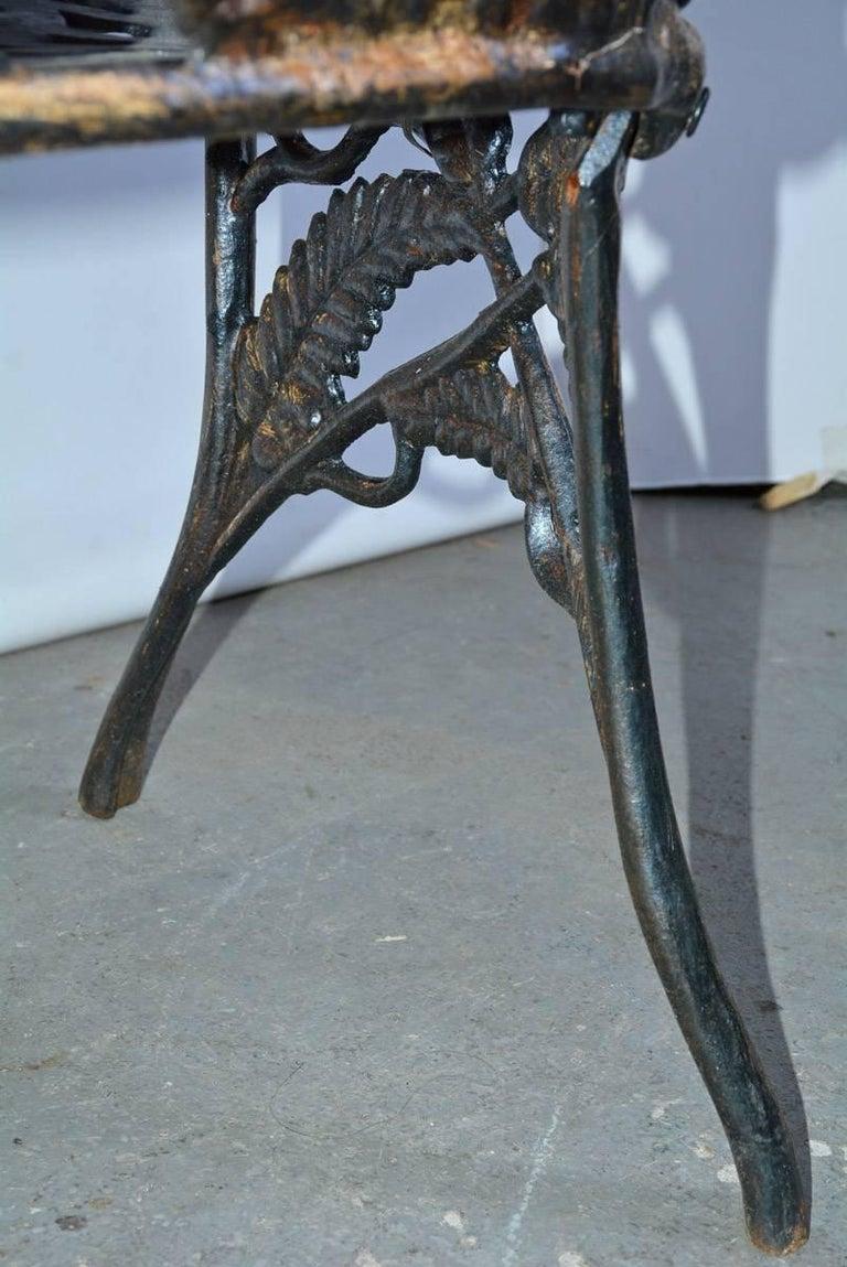 Victorian Cast-Iron Fern Leaf Motif Garden Settee For Sale 4