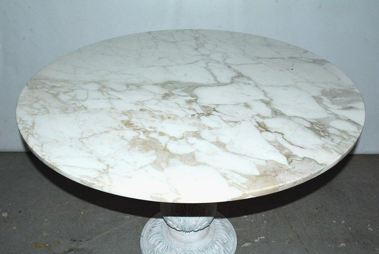 Machine-Made Victorian Cast Iron Pedestal Dining Table with Round Marble Top For Sale