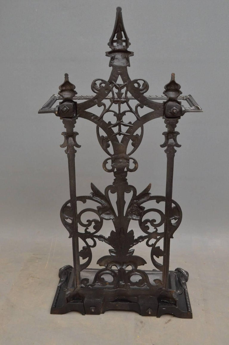 Victorian Cast Iron Umbrella Stand For Sale 3