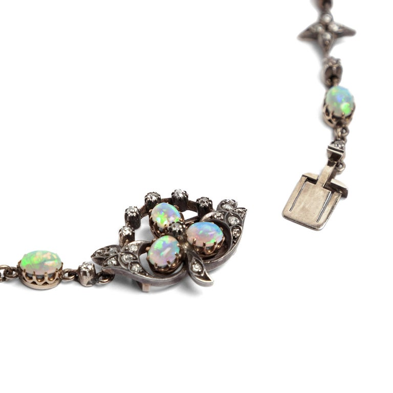 Women's Victorian circa 1895, 10.50 Carat Opal & 5.06 Ct Diamond Garland Style Necklace For Sale