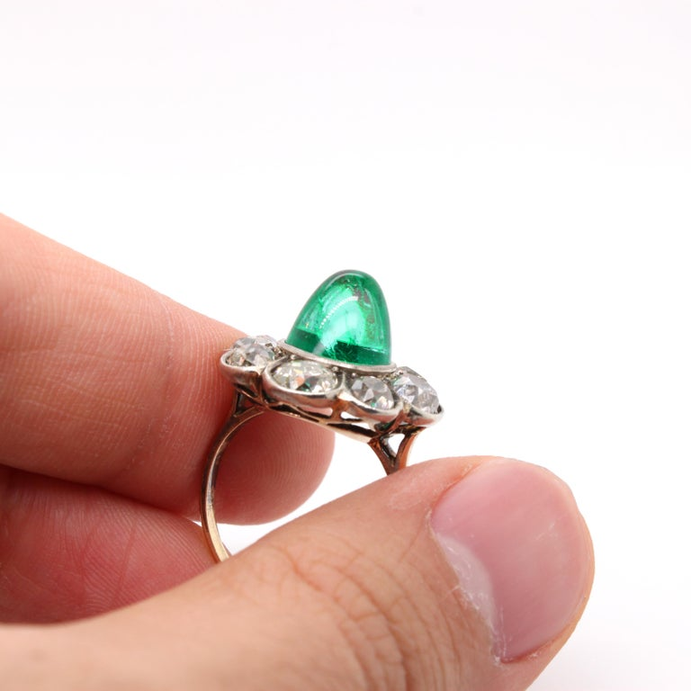 Victorian Colombian High Cabochon Emerald Diamond Flower Petal Ring, circa 1880s For Sale 1