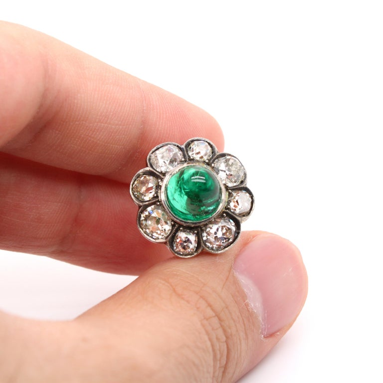 Victorian Colombian High Cabochon Emerald Diamond Flower Petal Ring, circa 1880s For Sale 2