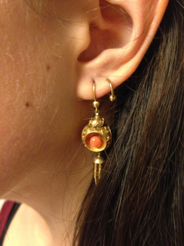 Victorian Coral 18k Gold Chandelier Earrings, circa 1870 For Sale 4