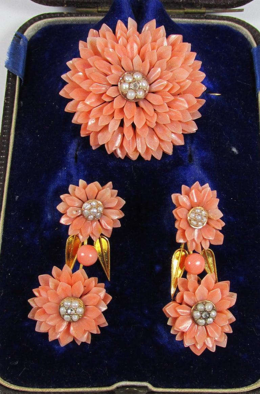 Victorian Coral Pearl Gold Demi-Parure For Sale 2