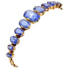 Victorian Cushion-Shape No Heat Sapphire Bracelet in 18 Karat Gold