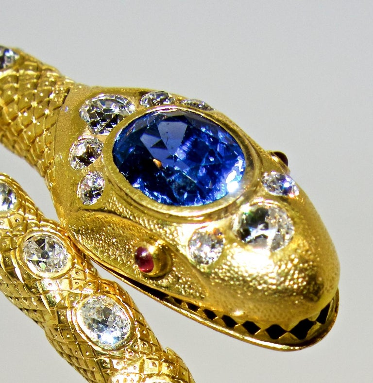 Victorian Diamond and Sapphire Serpent 18 Karat Gold Bracelet, circa 1860 In Excellent Condition For Sale In Aspen, CO