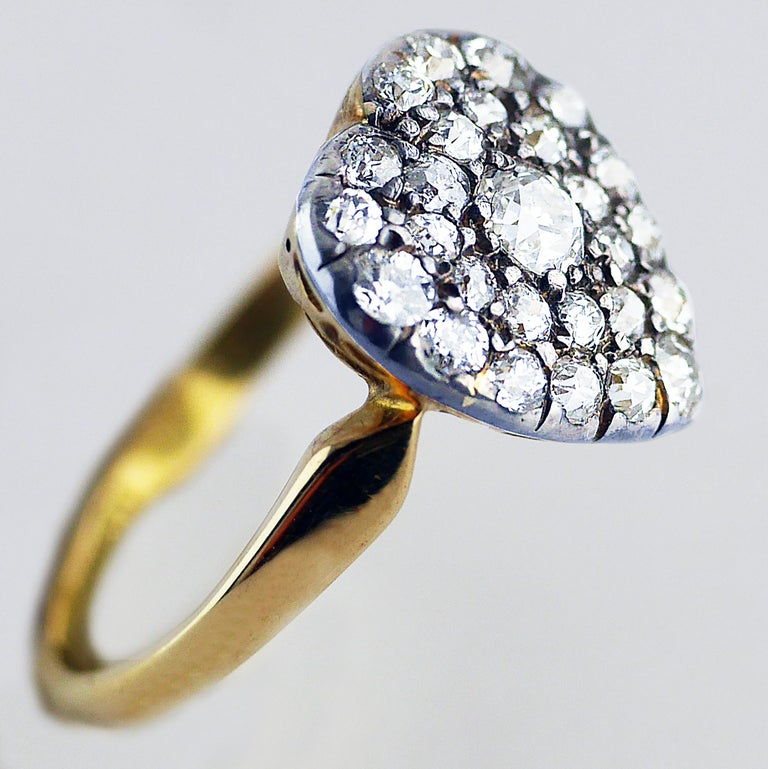 Victorian Diamond Heart Ring, circa 1870 In Excellent Condition For Sale In London, GB