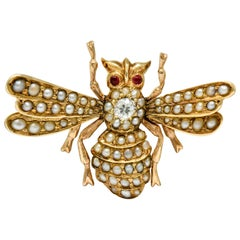 Victorian Diamond Natural Freshwater Pearl 14 Karat Gold Insect Brooch, 1890s