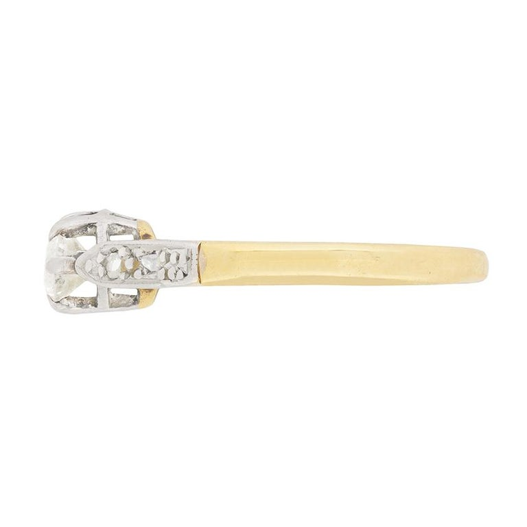 Old European Cut Victorian Diamond Solitaire Engagement Ring, circa 1900s For Sale