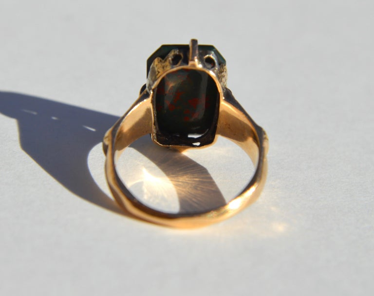 Women's or Men's Victorian Era Antique Bloodstone 14 Karat Gold Rectangle Signet Ring For Sale