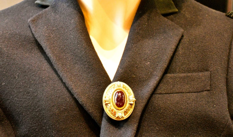 Victorian Etruscan Revival Garnet Antique Brooch, circa 1880 For Sale 5
