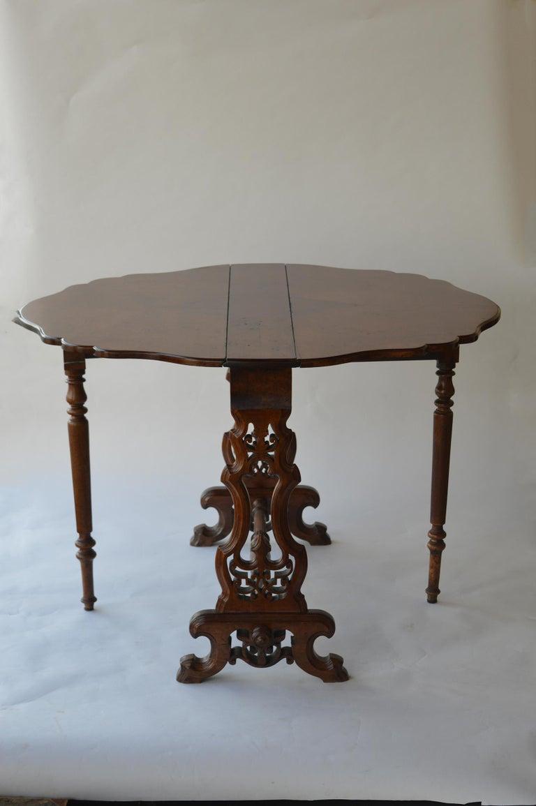 Victorian Figured Walnut Sutherland Table For Sale 6