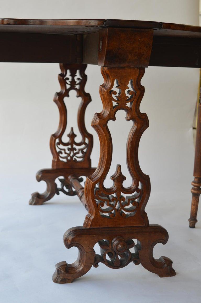 Victorian Figured Walnut Sutherland Table For Sale 8