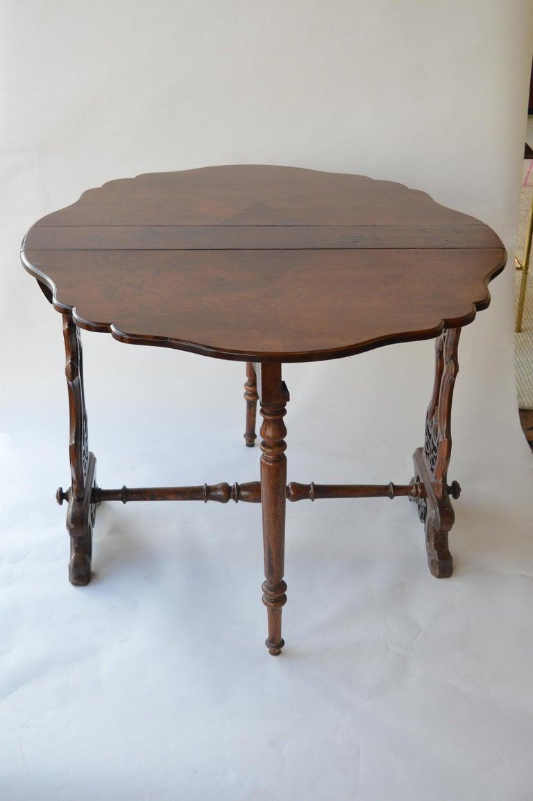 Victorian Figured Walnut Sutherland Table For Sale 3