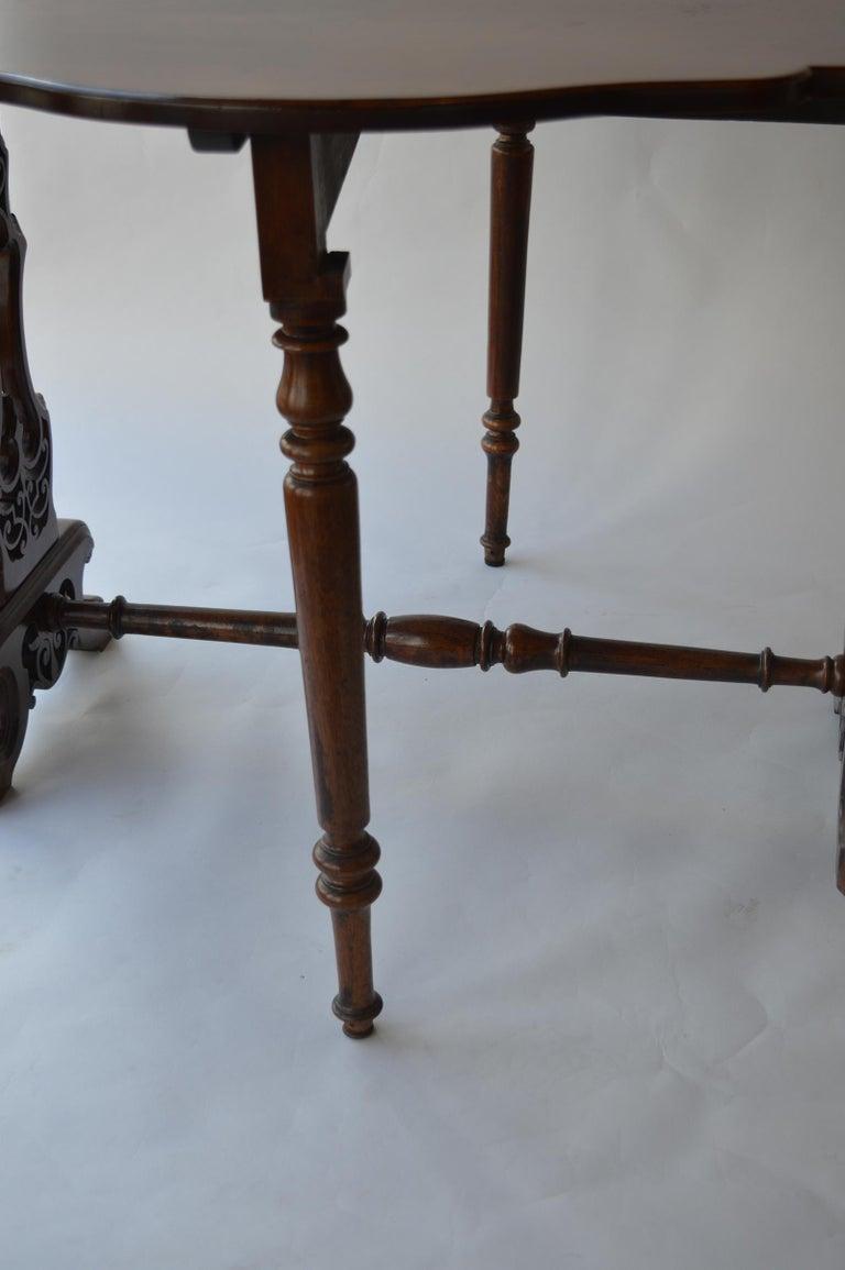 Victorian Figured Walnut Sutherland Table For Sale 4