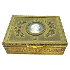 Victorian, France Porcelain, Hand Painted Cameo Ornate Vanity Box