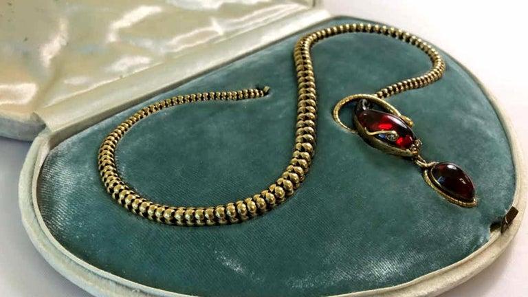 Victorian Garnet Diamond Antique Snake Pendant Necklace For Sale 2