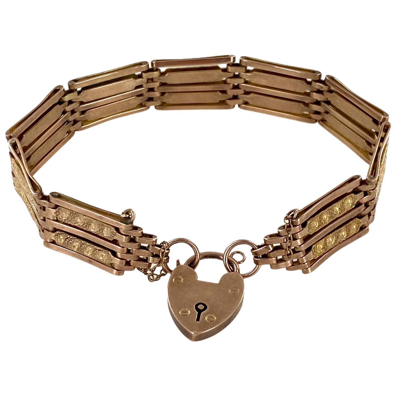 Victorian Gate Link Heart Lock 9 Karat Yellow Gold Vintage Bracelet