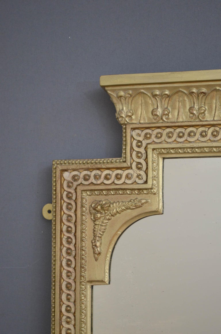 Late 19th Century Victorian Giltwood Pier Mirror For Sale