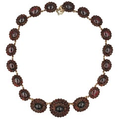 Victorian Glorious 115.0 Carat Garnet Cluster Necklace Gold