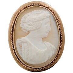 Victorian Gold Cameo Pendant & Brooch of a Goddess