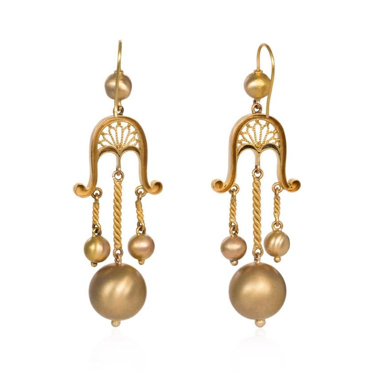 Victorian Gold Girandole Style Earrings with Ball Pendants In Good Condition For Sale In New York, NY