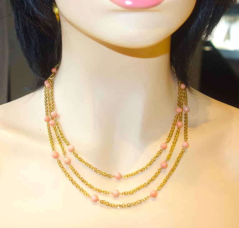 Victorian Gold Long Chain with Natural Coral Beads, circa 1890 In Good Condition For Sale In Aspen, CO