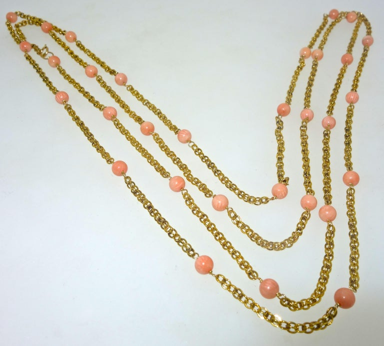 Victorian Gold Long Chain with Natural Coral Beads, circa 1890 For Sale 2